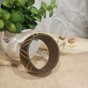Handcrafted wooden bangle bracelet